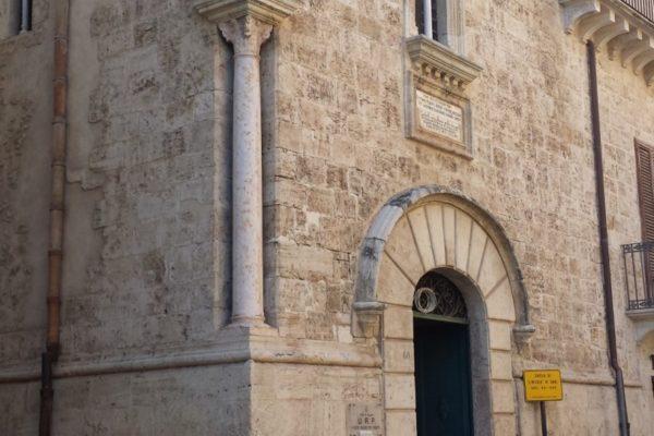 Alcamo-Chiesetta-san-Nicola-di-Bari_mod-818x1024